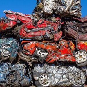 Limbah mobil bekas syuting Fast Furious 7,emane reekk :(