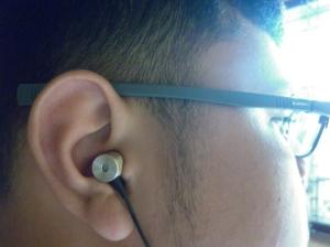 Saat dipakai di telinga saya