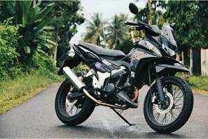 Modifikasi Kreatif Honda Cs1 Pakai Moncong Kayak Motor Adventure