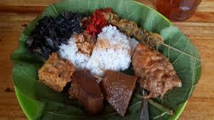 Nasi Jamblang,khas Cirebon