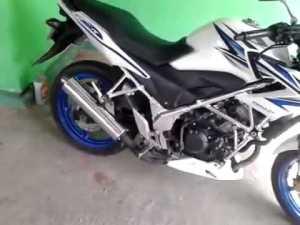 Honda CB150R pakai knalpot FU.. Awas kena tilang!