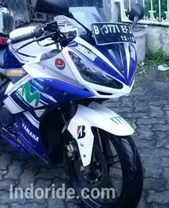 Modifikasi Yamaha R15 Pakai Cover HeadlampLebih Tajam Dan Makin