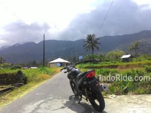 Riding sama Tiger ke pegunungan belakang rumah,rancak!