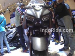 Yamaha XMax 250 pakai traction control?? Sadis!