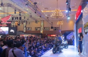 Launching XMax 250