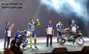 Rossi dan Vinales launching R15 anyarrr